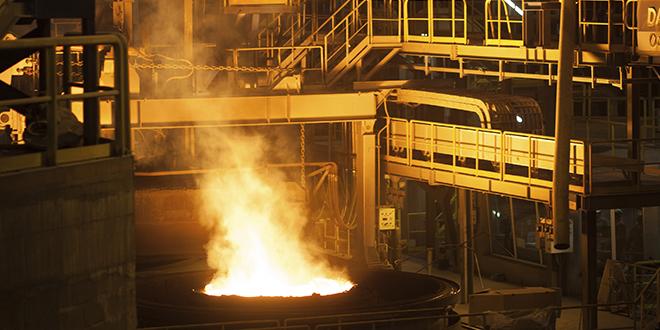 Eisen-/Stahlerzeugung und Verarbeitung